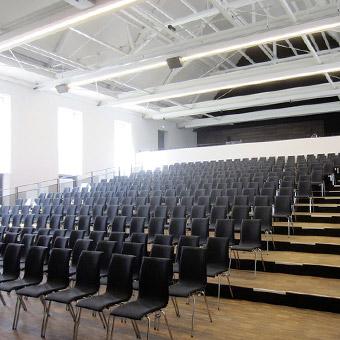 Großer Saal in der Stadthalle Sigmaringen auf www.stadthalle-sigmaringen.de